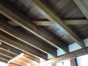 写真 2  1階天井・2階床の構造