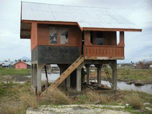写真 1 津波対策の復興住宅(インドネシア